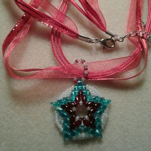 Jewelry - A reversible beaded star pendant/necklace